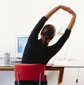 Как заниматься зарядкой на рабочем месте?