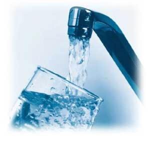 Вода в бутылках может быть хуже, чем из под крана.