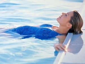 Поход в бассейн способ остановить старение.