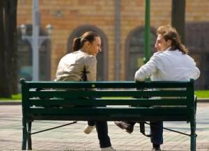 На какие темы не стоит разговаривать с девушкой?
