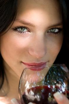 Чем полезен алкоголь и в каком количестве?