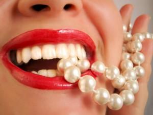 Как правильно делать массаж при зубной боли?
