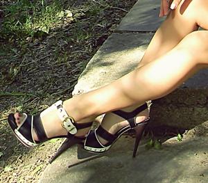 Ходьба на каблуках, не испытывая дискомфорта